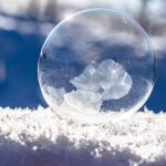 frozen-bubble-1986676_640