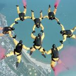 skydiving-658404_640